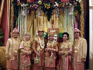 traditional indonesian wedding ceremony stealing his last name