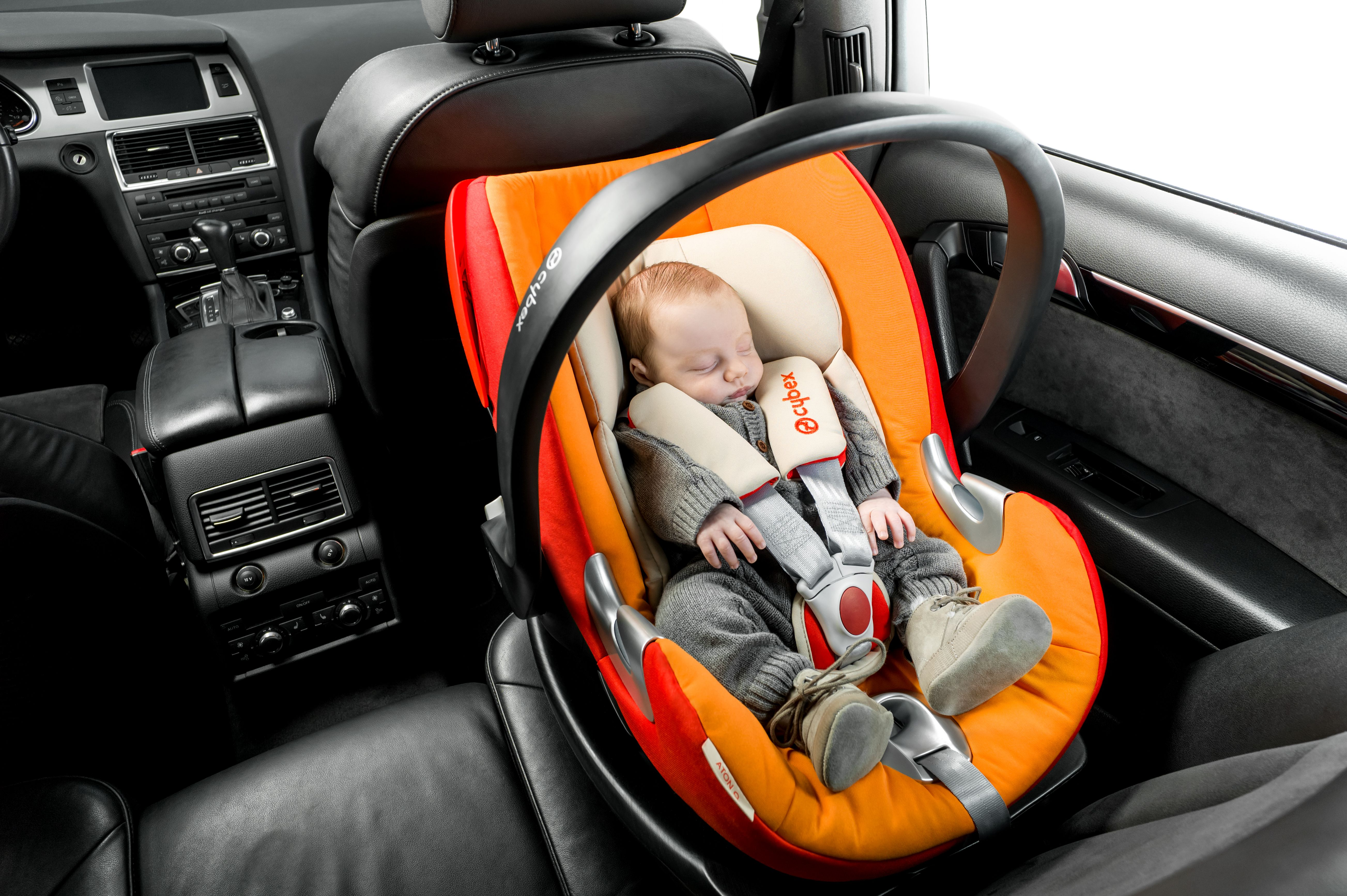 CYBEX Aton Q in autumn gold. | Baby safety | Pinterest | Car seat ...