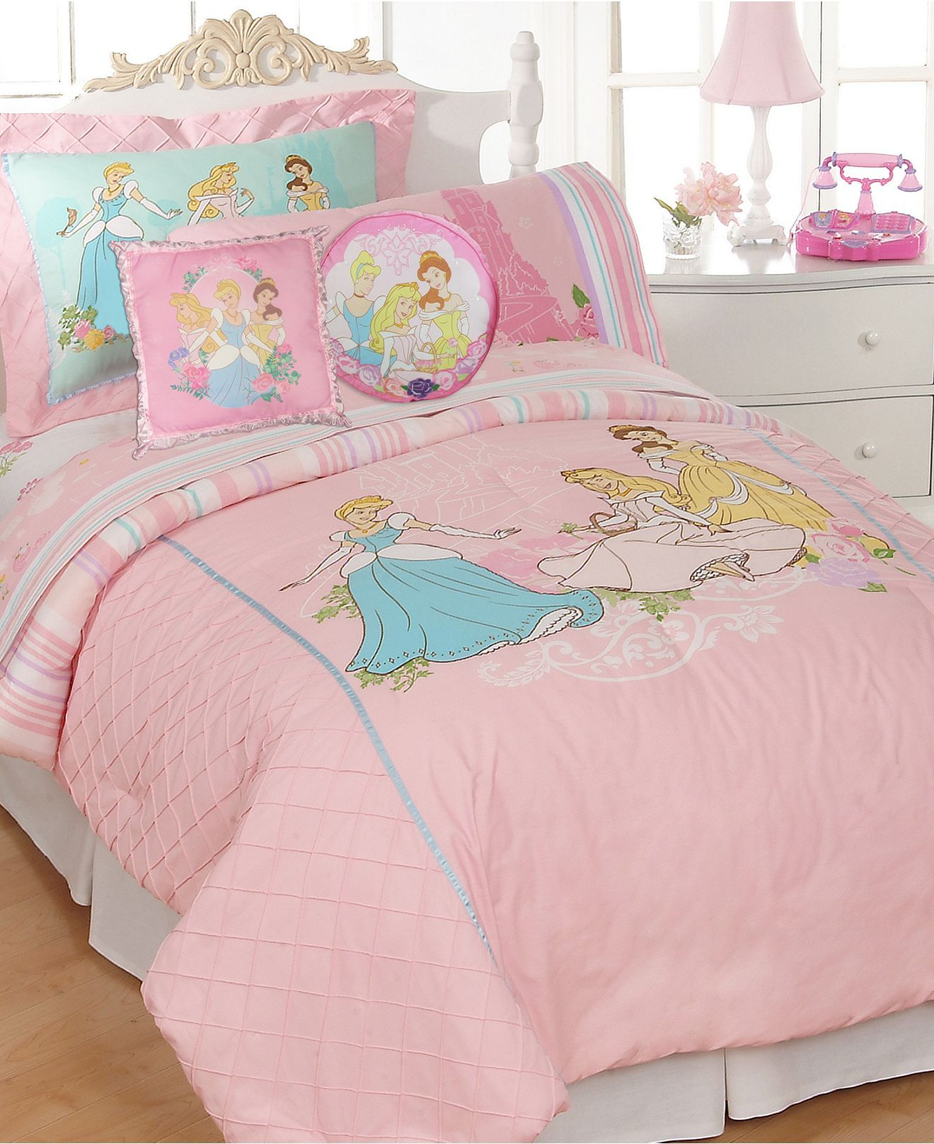 Disney Bedding, Kids Disney Princesses Comforter Sets - Bed in a Bag - Bed &