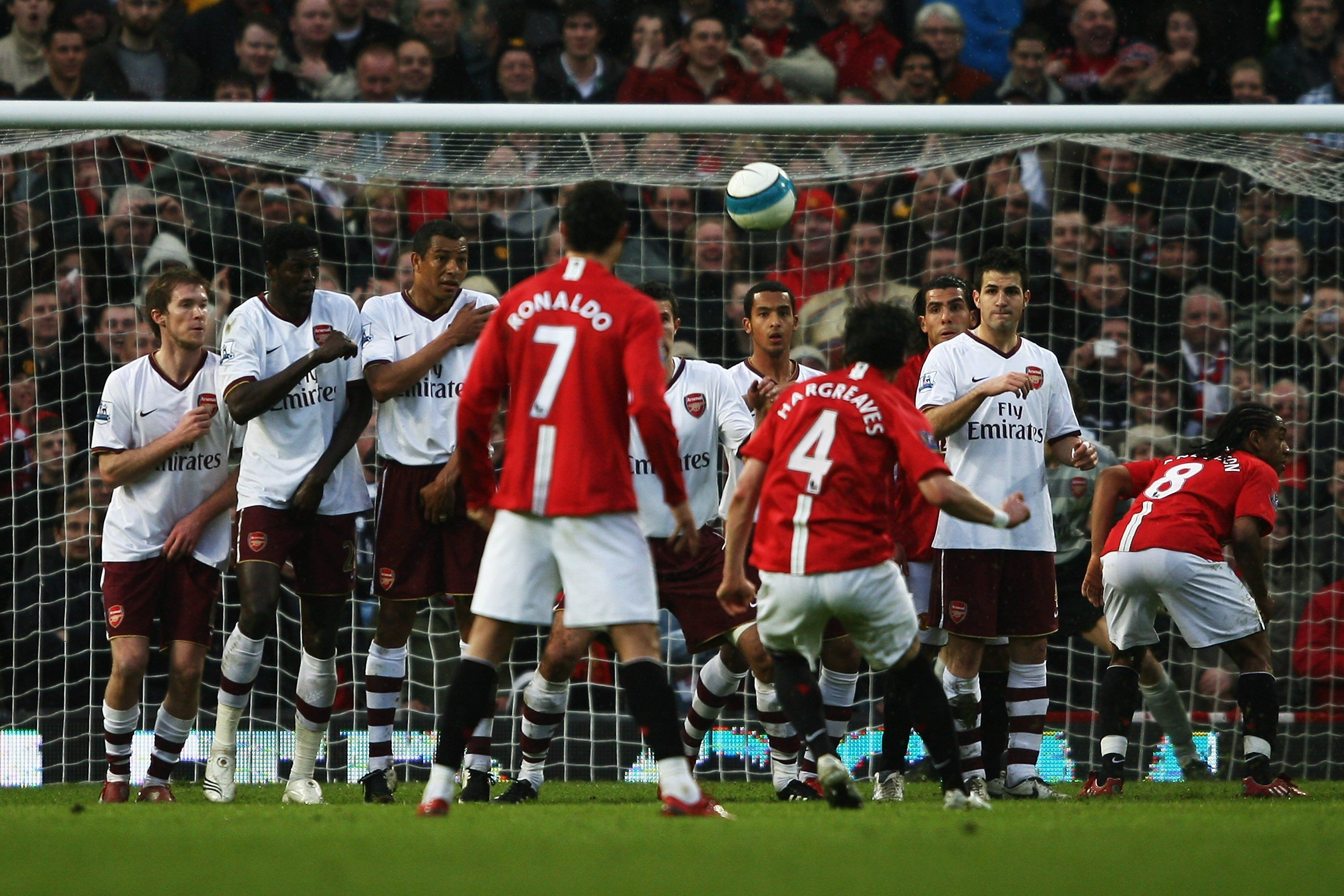 Hargreaves Vs Arsenal With Images Manchester United Official