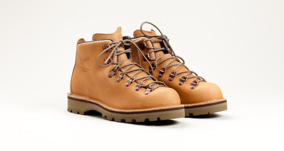 Tanner Goods x Danner Mountain Light McKenzie Boots | Fit & Finish ...