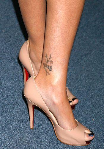 Sarah Michelle Gellar Ankle Tattoo Celebrity Tattoos Women Ankle Tattoo Designs