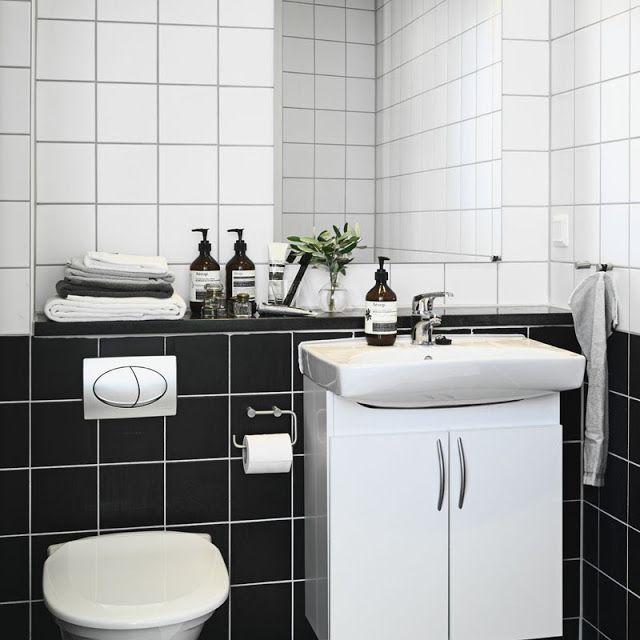 Simple Way To Freshen Up 10x10 Tiles Black And White Parts White Bathroom Tiles Kid Bathroom Decor My Scandinavian Home