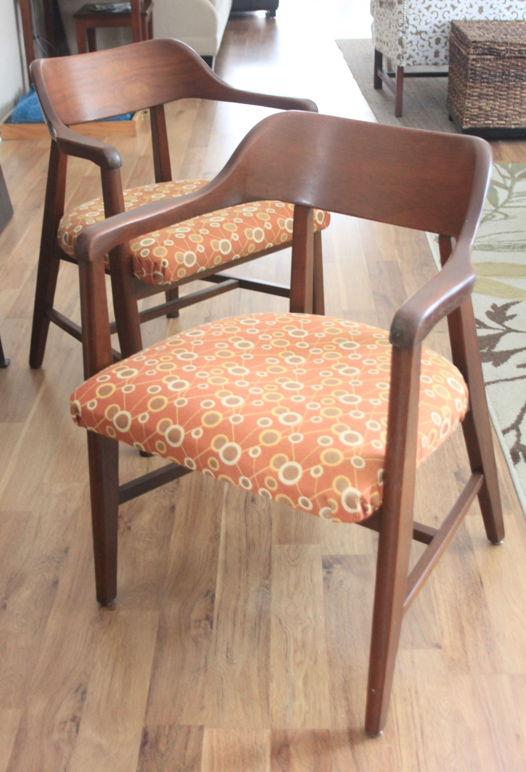 The Salvaged Boutique Has A Pair Of Mid Century Chairs For Sale