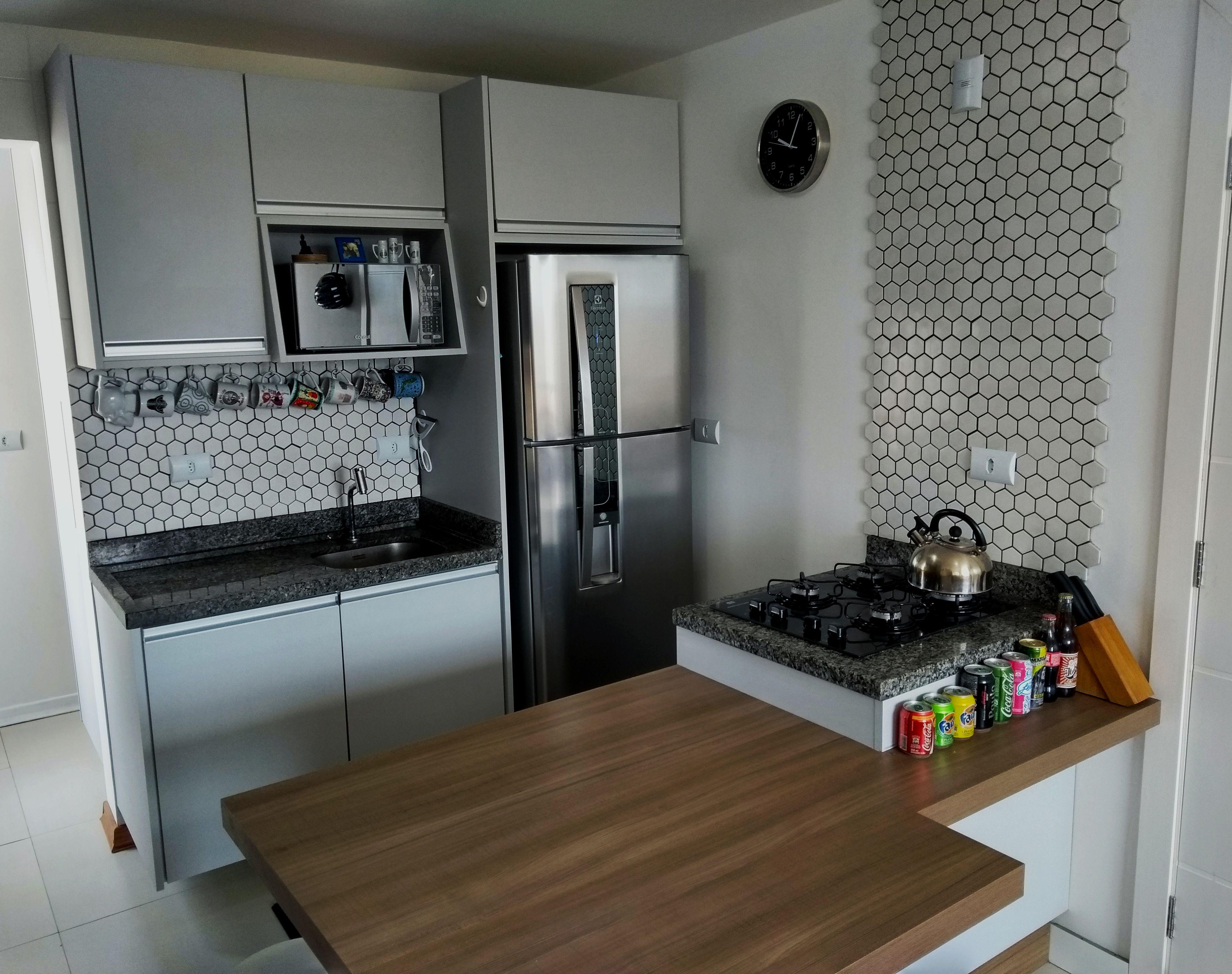 Cozinha Pequena Com Ilha E Mesa As Cozinha Revestida Em