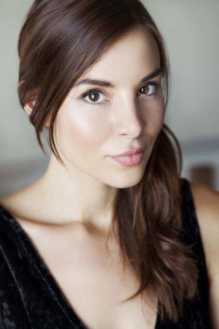 Kacey Barnfield   Pretty eyes, Hot brunette, Beauty