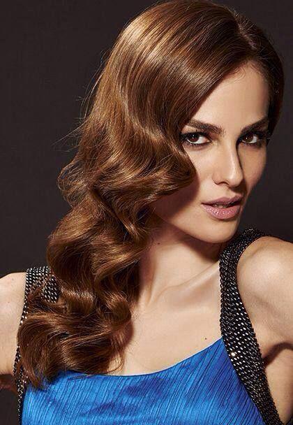 Confira na Revista NOVA de Maio 5 maneiras de ondular seu cabelo fácil por Marco Antonio de Biaggi