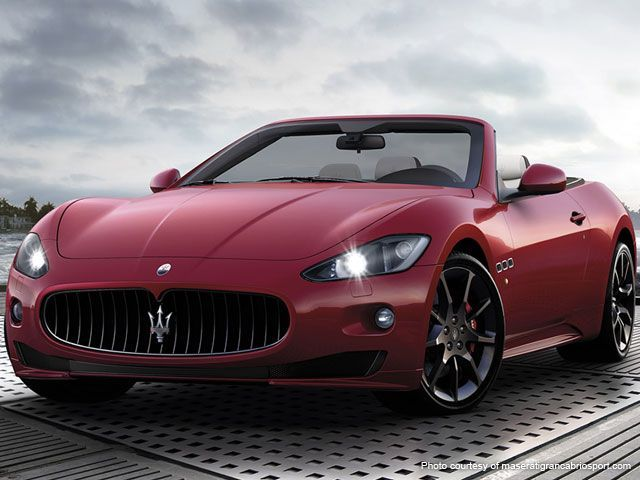 Awesome Cars Luxury  The Maserati Gran Cabrio Sport Offers A High End Luxury Drop