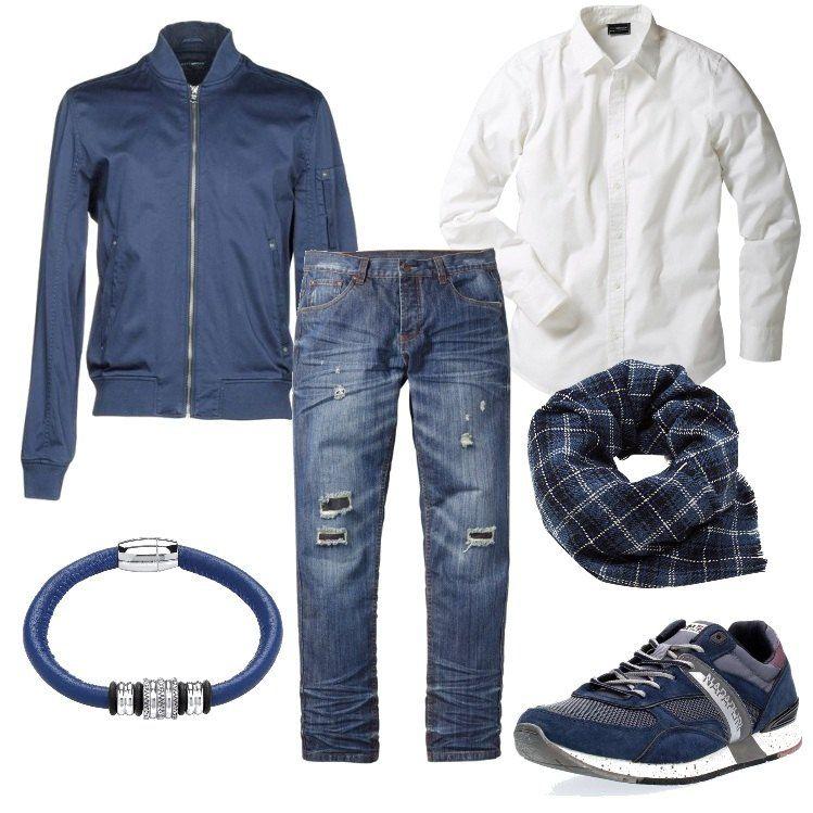 Blu e bianco per il ragazzo che ama lo stile casual