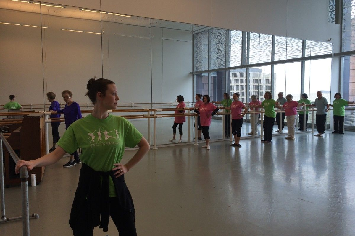 Some football players try ballet to improve their game. But can it also benefit people with mobility problems?