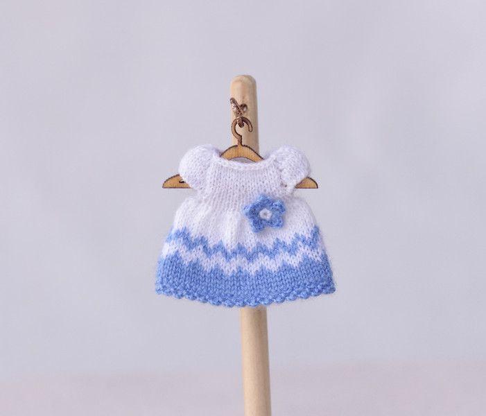 Puppenkleidung - Miniatur Kleid für Puppen - ein Designerstück von ...