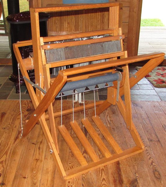 Floor Looms For Sale: Warping A 4 Harness Floor Loom