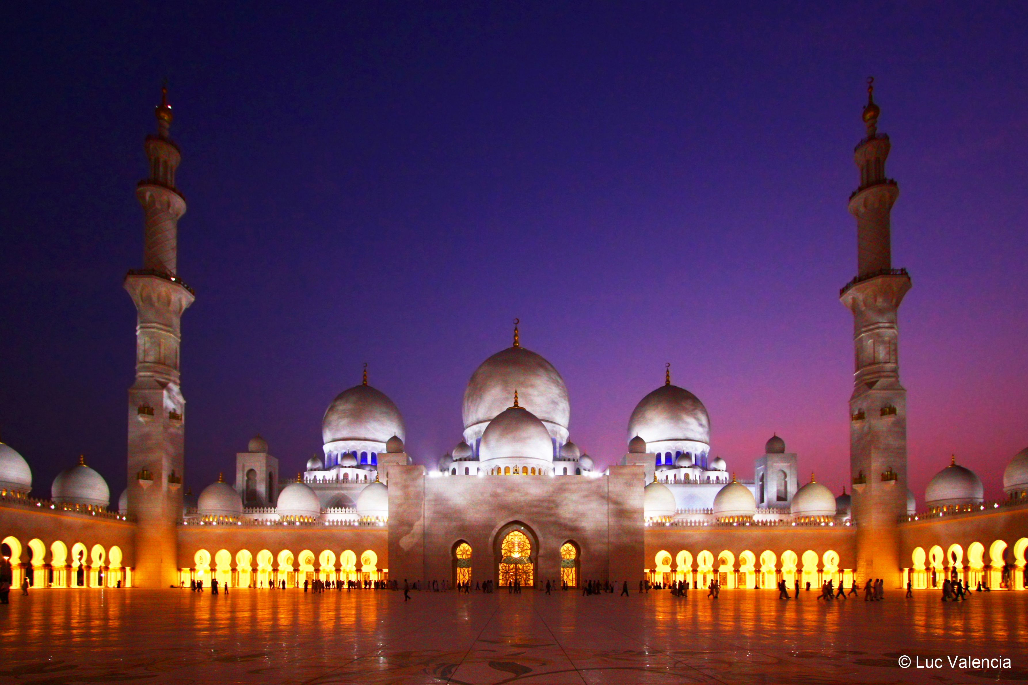 Sheikh Zayed Grand Mosque Abu Dhabi Uae Take Me To The Middle East Pinterest Grand