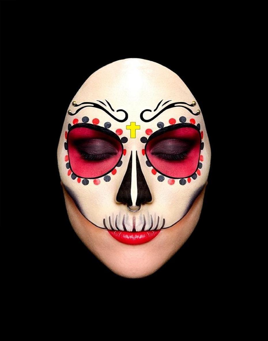 make up for ever vous fait un maquillage sur mesure pour halloween 2012 maquillage jour jour. Black Bedroom Furniture Sets. Home Design Ideas