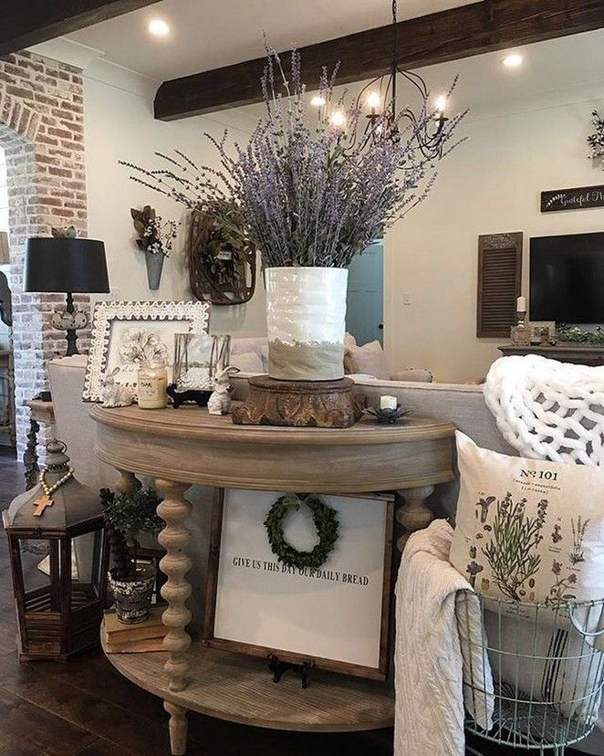 80 cozy farmhouse living room decor ideas 60 • Homedesignss.com #industrialfarmhouselivingroom