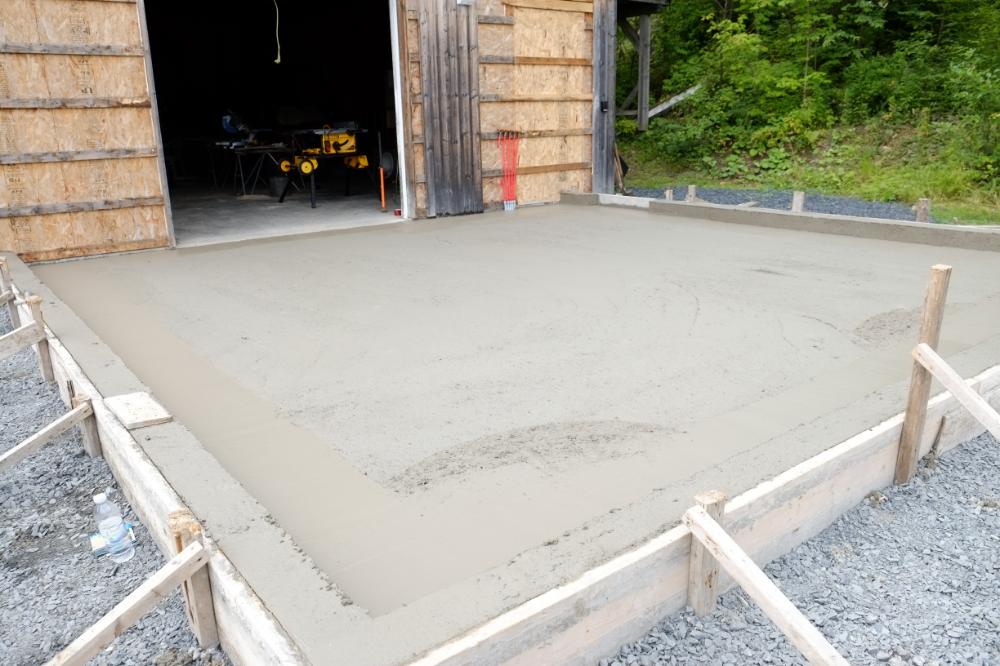 Comment Faire Une Dalle De Beton Pour Garage Construire Un Design Maison Dalle Beton Terrasse Beton Abri De Jardin