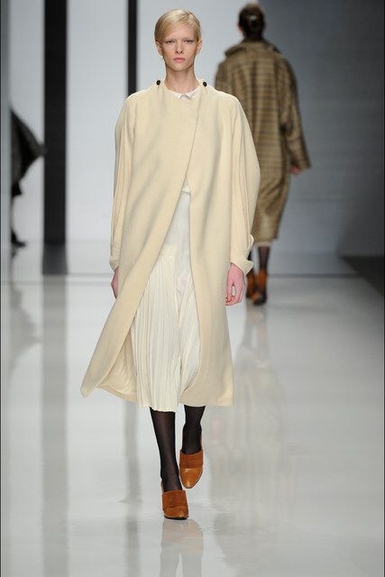 Daks | Fall 2012 Ready-to-Wear Collection | Vogue Runway