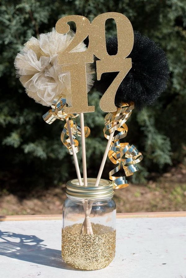 Graduation party decoration ideas gold glitter