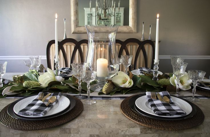 Check out our everyday entertaining tablescapes for rent by The Curated Table. Perfect for a dinner party, book club event, or ladies lunch. We make entertaining a breeze by providing a white glove delivery, installation, and, the day after your event, break down, so you can enjoy the party! #everydayentertaining #entertainingathome #tablescapes #tablescapestyling #tabledecor
