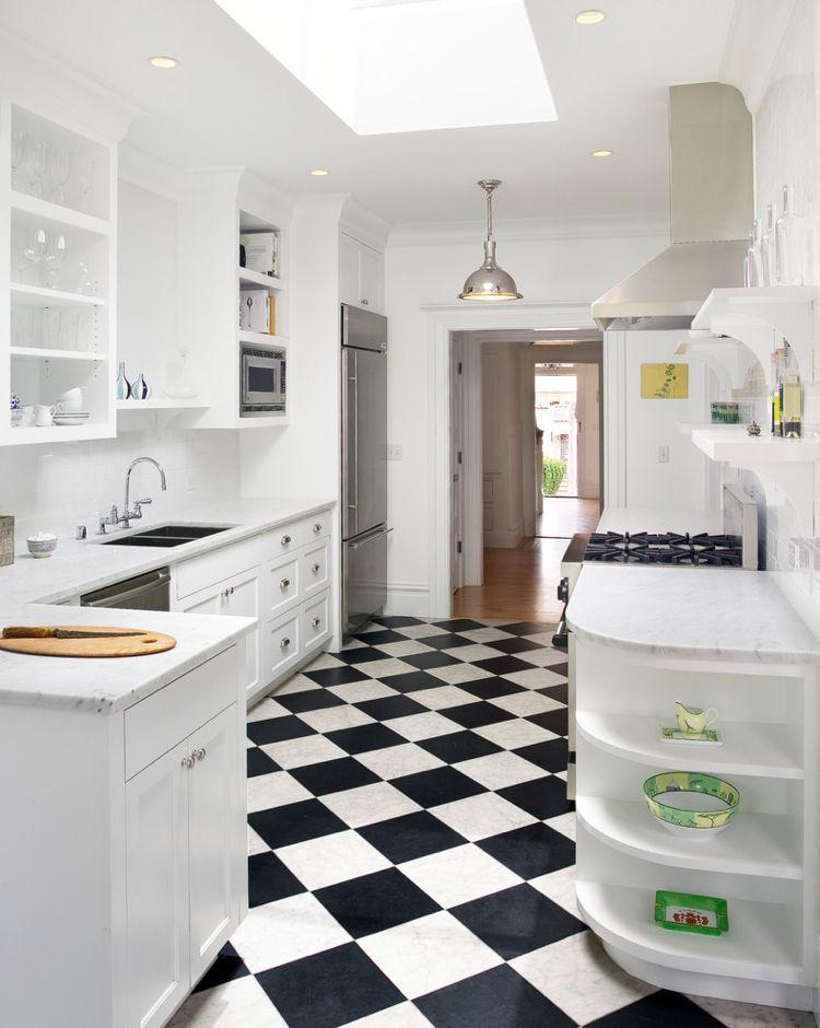 Floor Tiles In The Kitchen For Every Type And Style 20 Tips Decoration Gram Kuchenboden Bodenfliesen Kuche Schwarz Weiss
