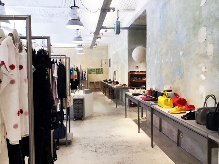 50 Best Concept Stores In The World Insider Trends Song Concept Store Shop Interior Design Shop Interior