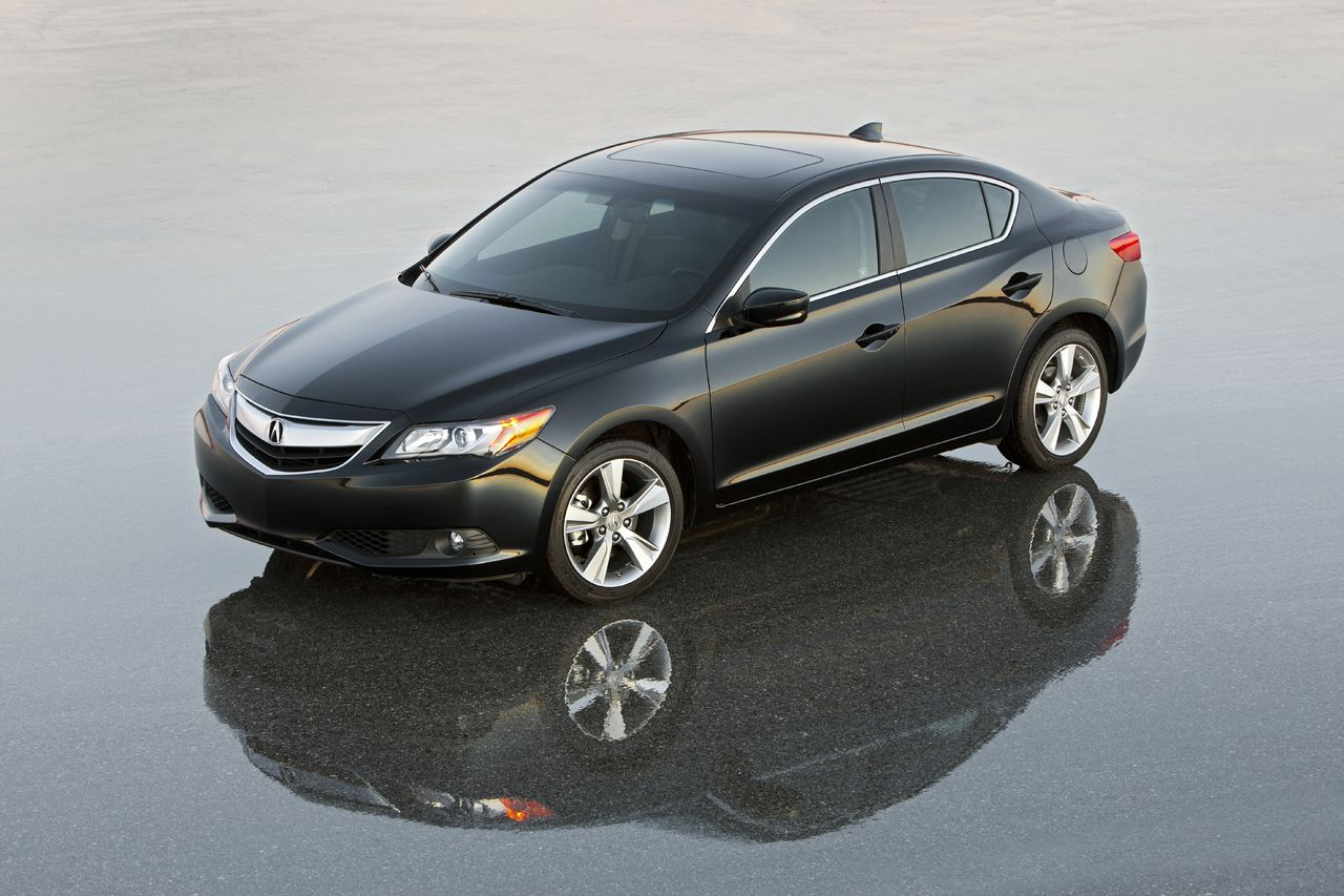 The 2014 acura ilx offers increased value on a luxury scale with eight new standard features to enhance its curb appeal interior comfort and overall
