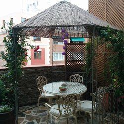Jardín Secreto - Madrid, Spain. El salón de té