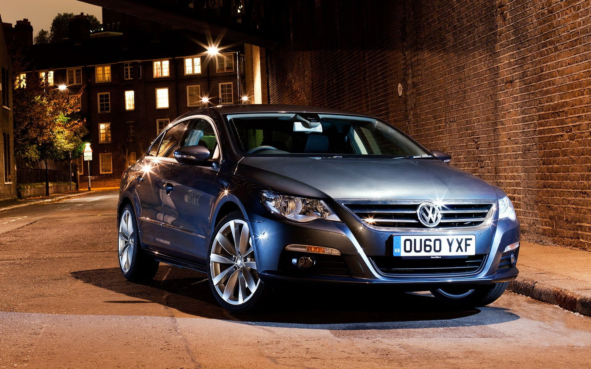 Vw Passat Cc The Ride I Look Amazing In And It Drives Well