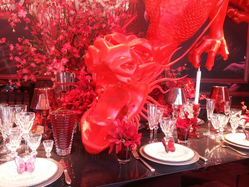 Deco en rouge table festive Baccarat