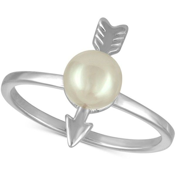 Majorica Sterling Silver Imitation Pearl Arrow Statement Ring ($45) ❤ liked on Polyvore featuring jewelry, rings, silver, fake pearl jewelry, majorica, statement rings, sterling silver jewelry and sterling silver cocktail rings