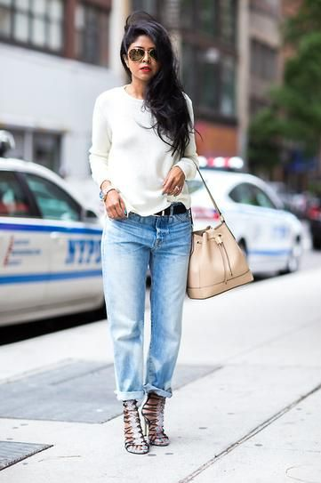 """We've identified the 7 best jeans for women of ALL sizes. // Petite ladies - Don't think you can't wear boyfriend jeans! Just opt for a slimmer cut so they don't overpower your frame. Some retailers are calling these """"girlfriend"""" jeans."""