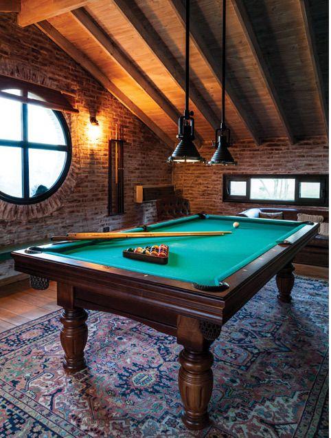 renovated railroad depot game rooms pinterest raum hobbyraum und billardtisch. Black Bedroom Furniture Sets. Home Design Ideas