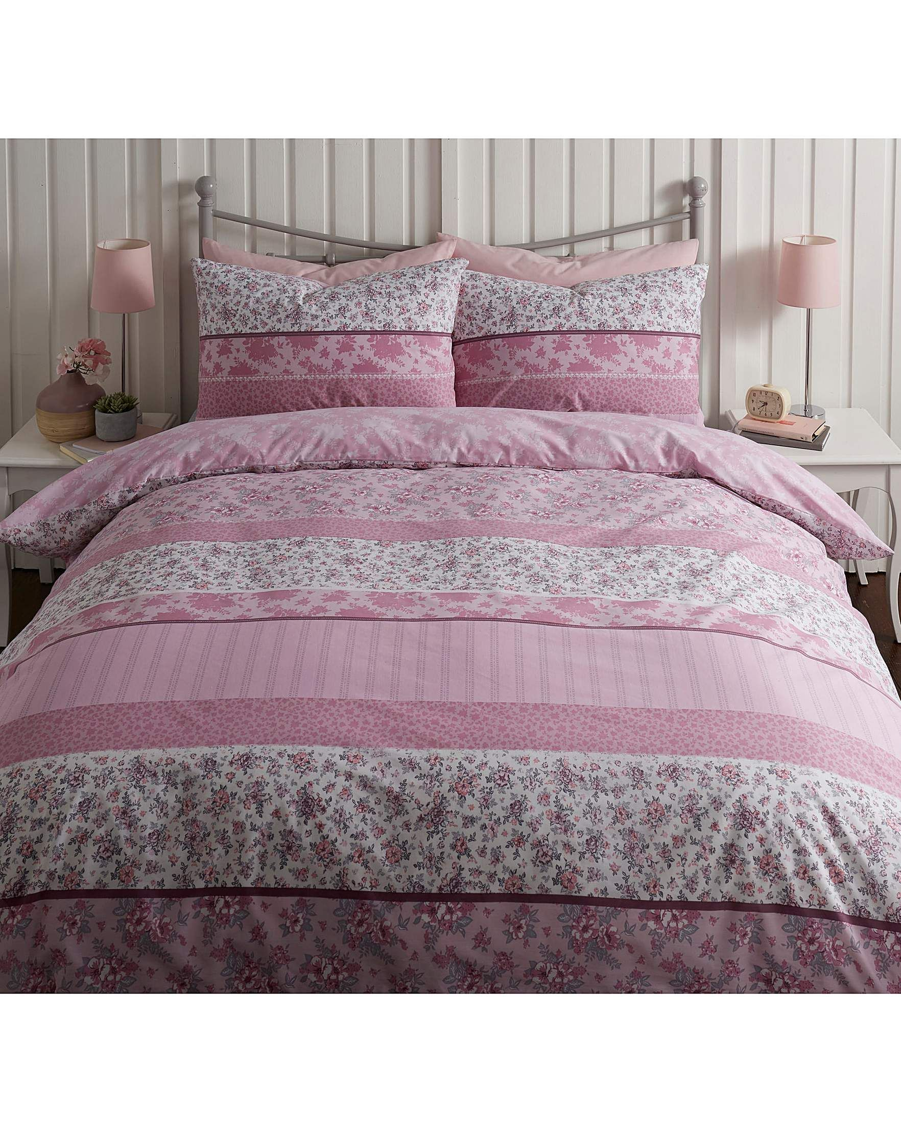 Zoe Printed Duvet Cover Set J D Williams Duvet Cover Sets Bed Design Duvet Covers
