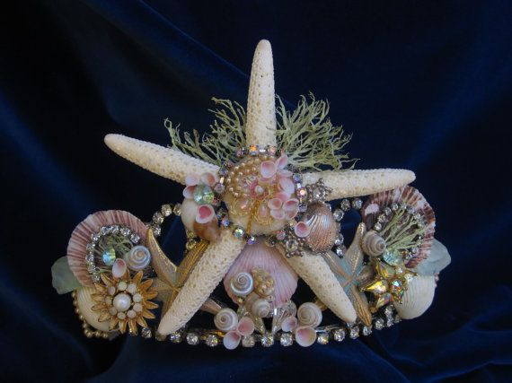 The shonen who is charmed by sea anemones