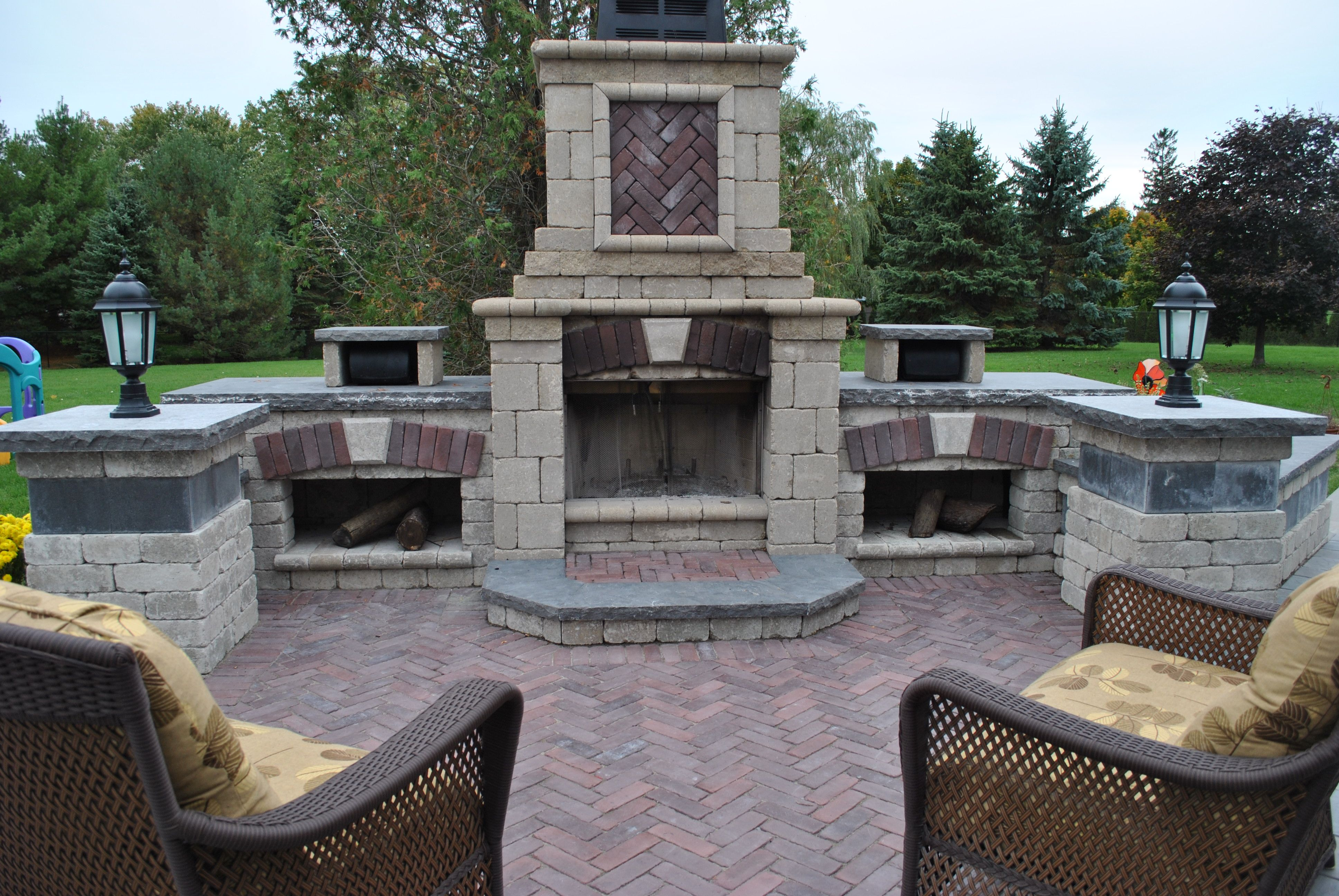 Unilock Tuscany Fireplace Outdoor Patios Pavers Unilock Tuscany Fireplace Copthorne Red Bri Backyard Fireplace Outdoor Fireplace Kits Outdoor Fireplace