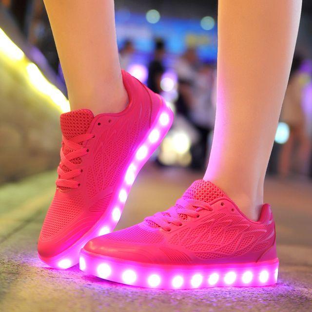 3368ea1b9e8 2016 de las mujeres encienden zapatos luminosos led de recarga para los  hombres adultos neón cesta color brillante ocasional con la nueva  simulación suela