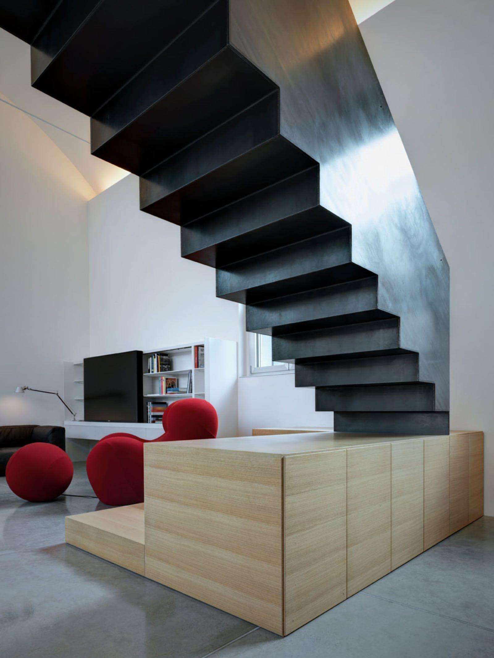 Best Folded Steel Staircase • Loft Par • Magnago • Italy 400 x 300