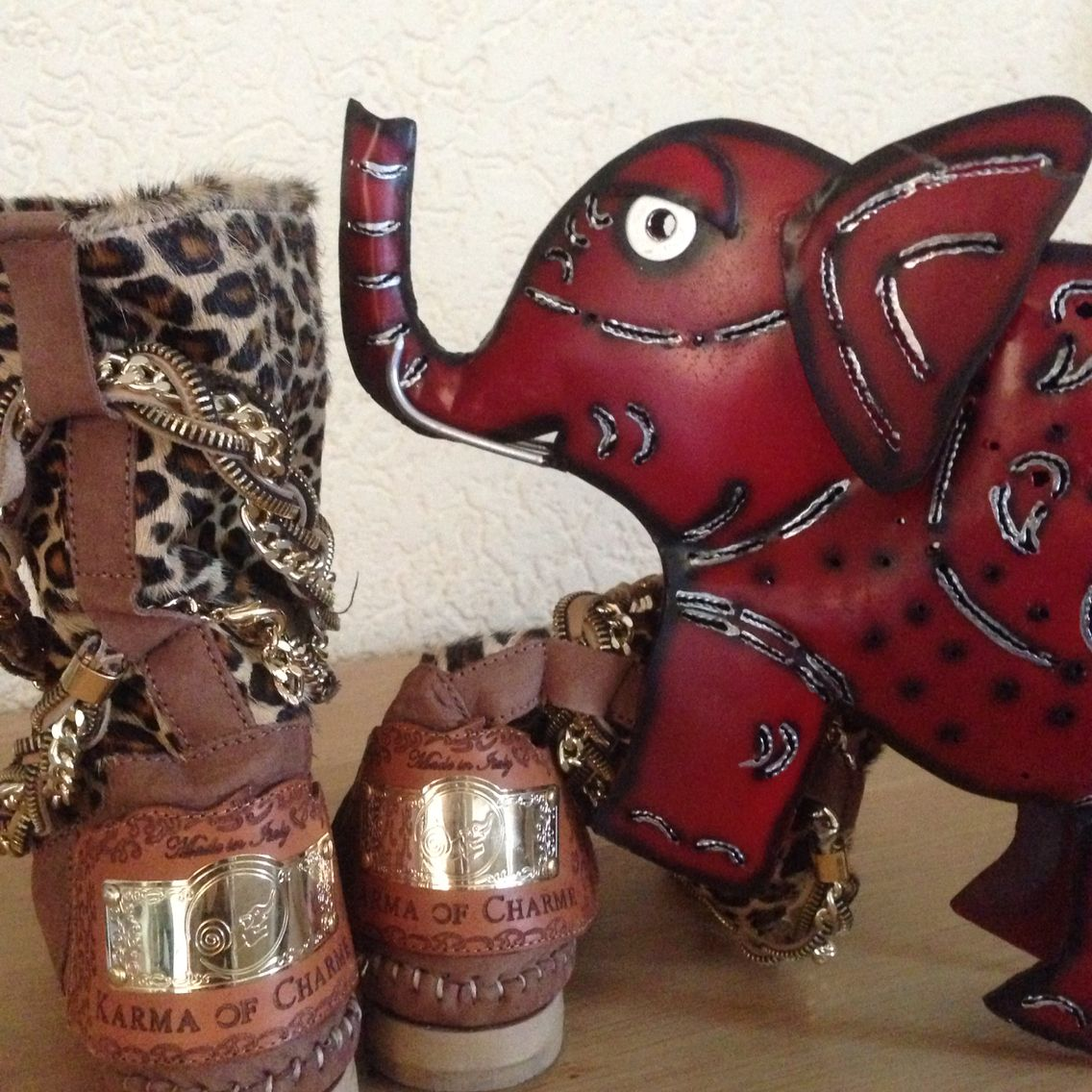 An elephant brings luck. The symbol of #karmaofcharme boots! @karmaofficial @Carlalafashion @karmaboots