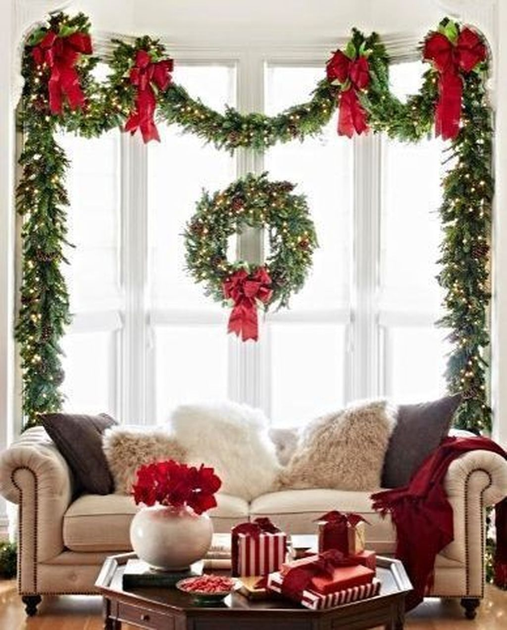 49 Easy Natural Christmas Apartment Decorating Ideas | Home