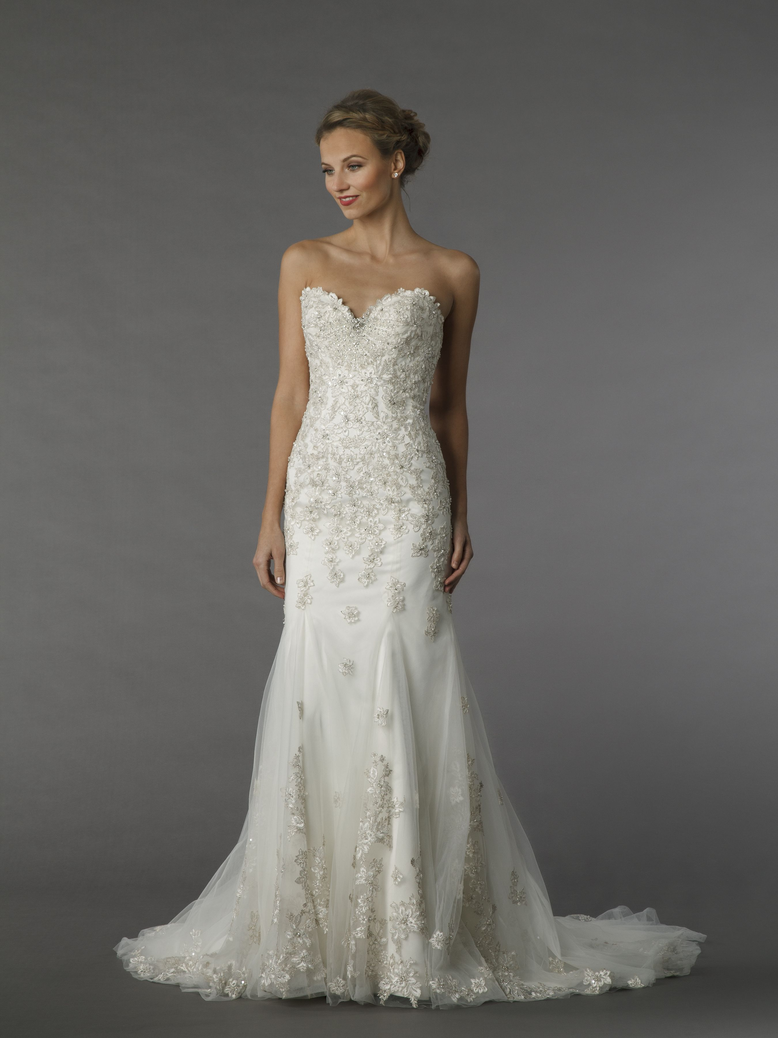 A Line Sweetheart Neckline Beaded Embroidered Wedding Dress With