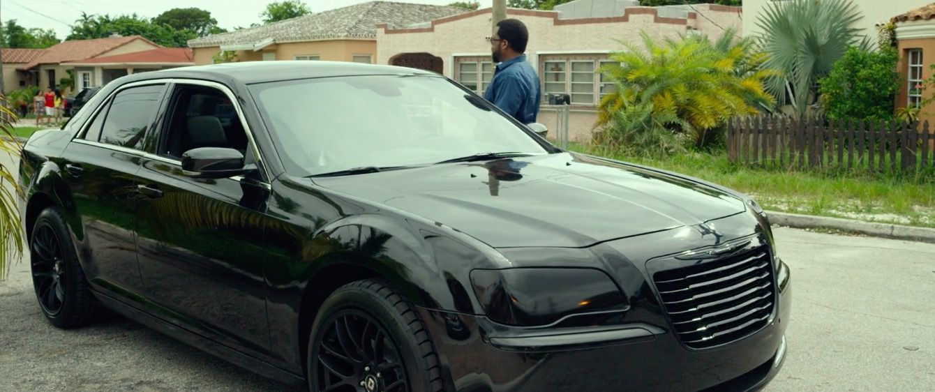 Chrysler 300 (2011) car driven by Ice Cube in RIDE ALONG 2 ...