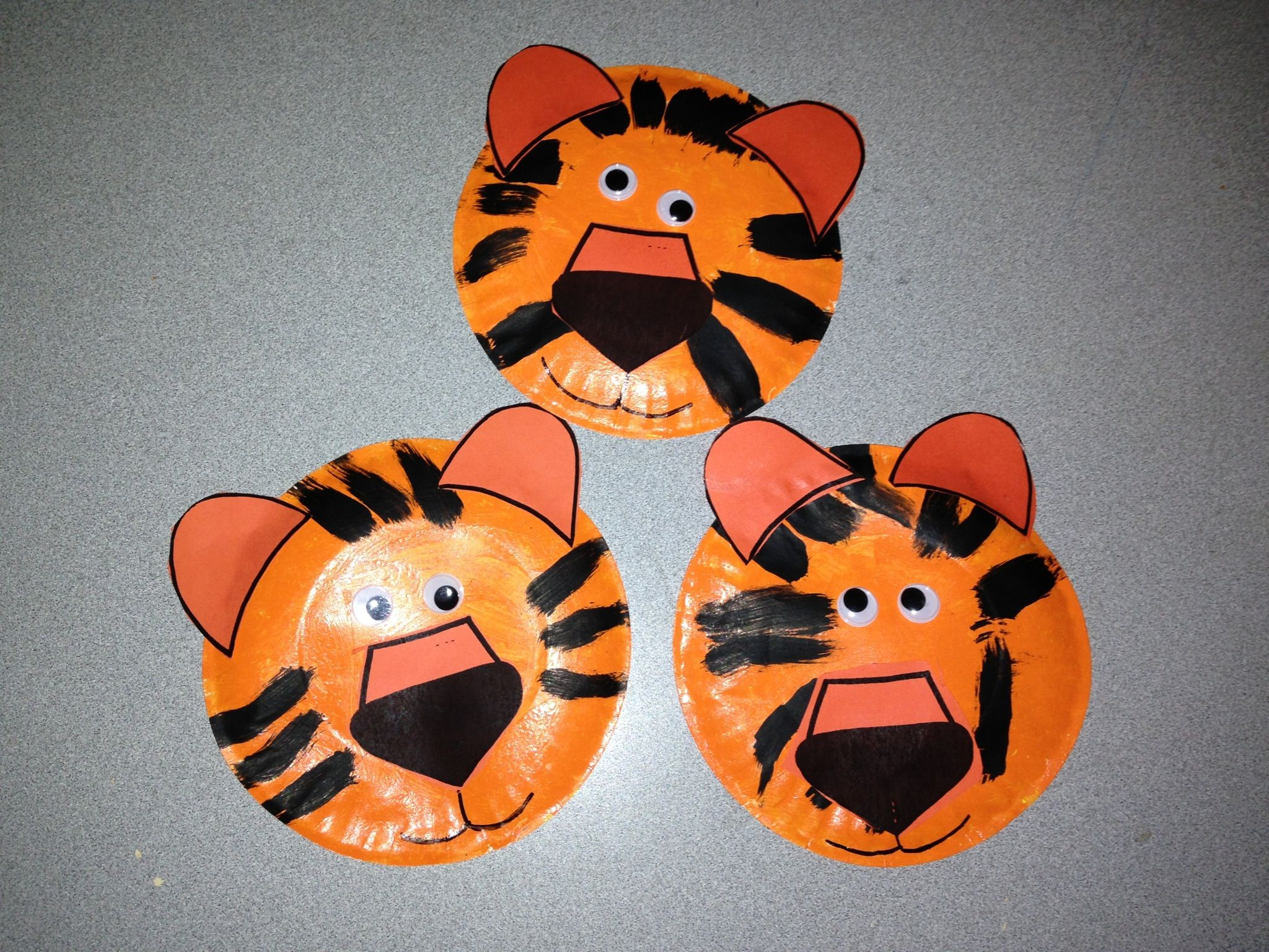 Paper plate tigers & Paper plate tigers | All things PreK! | Pinterest | School