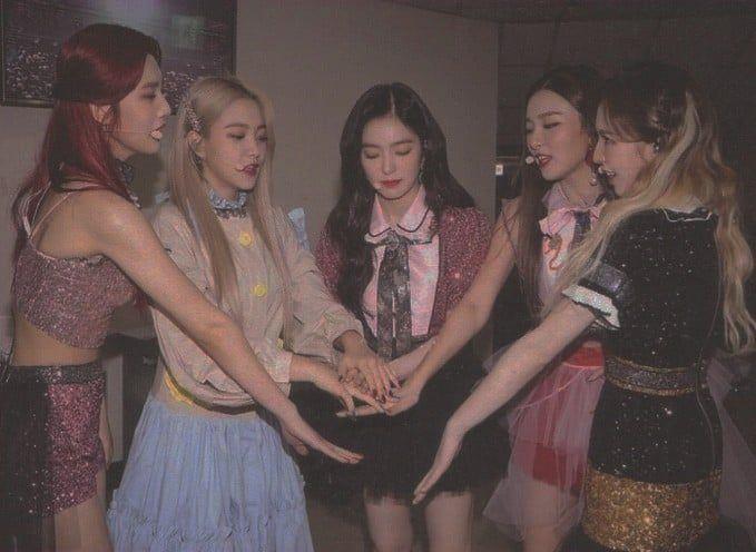 -Red Velvet psd -Hearted pls ❤️  on We Heart It