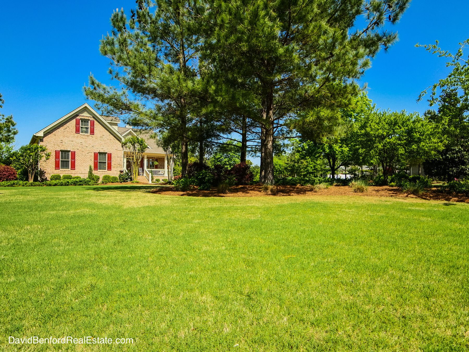 109 Legacy Lakes Drive In Wallace Nc Provides Three Bedrooms And Four Bathrooms Overlooking A Lush Golf Wilmington Real Estate Real Estate Luxury Real Estate