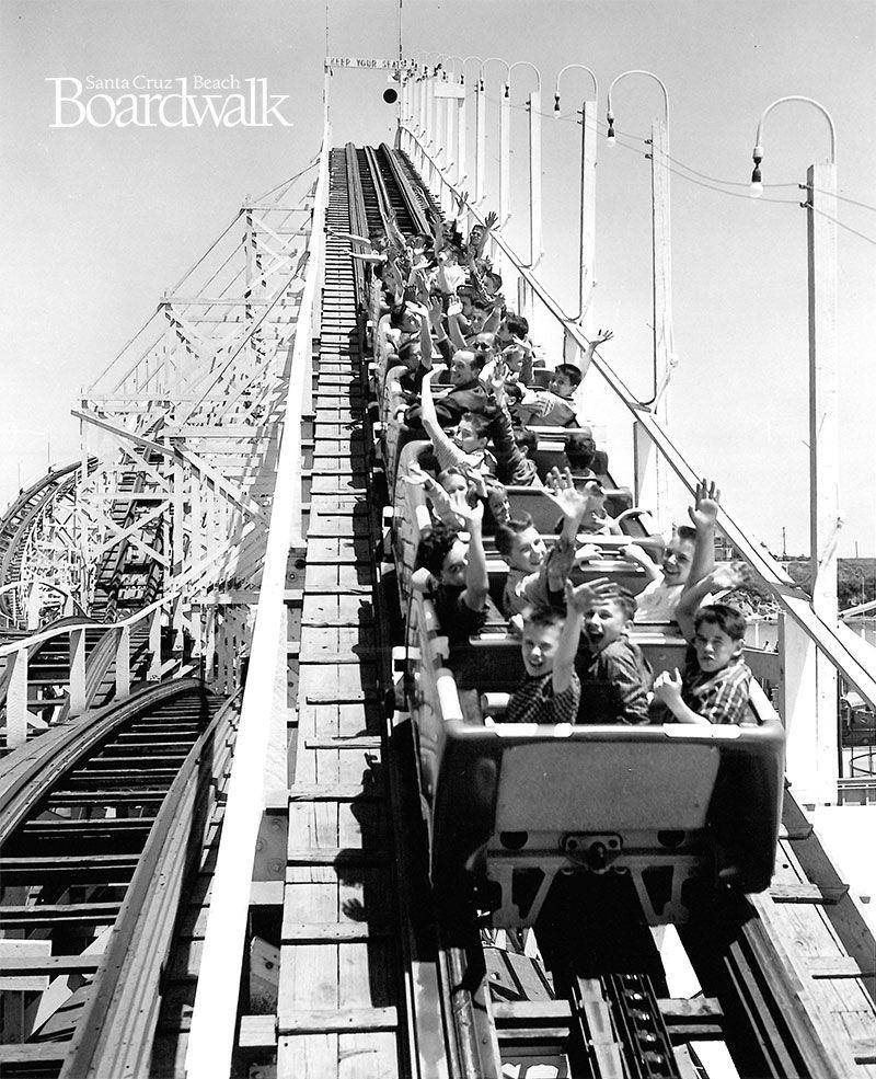 Giant Dipper Roller Coaster at the Santa Cruz Beach ...