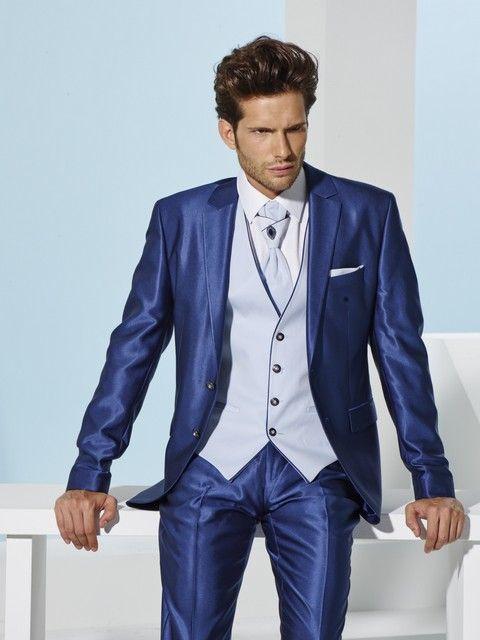 af7b1f8939af Pánsky svadobný oblek modrý svadobný salón valery