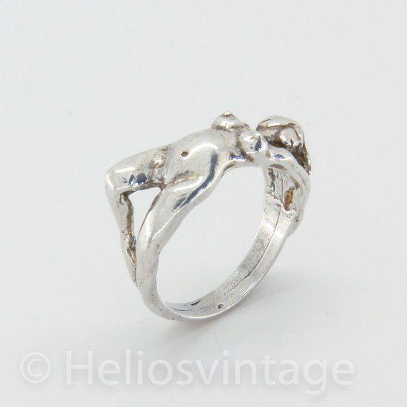 Adult erotic jewelry pics 79