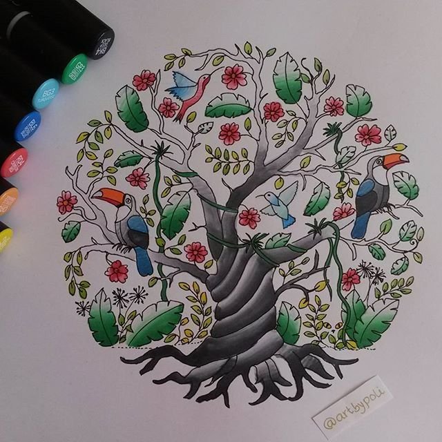 Tree in a circle drawing, made with chameleonpens.by @artbypoli .  #tree #doodle #sketch #bird #tukan #colibri #art #artshare #artshelp #artsy #artscrowd #chameleonpens