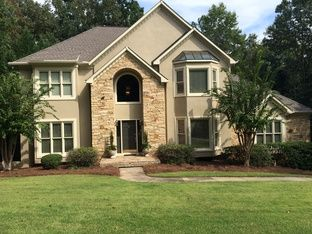 View 66 photos of this $464,900, 4 bed, 4.5 bath, 5377 sqft single family home located at 670 Richmond Hill Dr, Macon, GA 31210 built in 1991. MLS # 132715.