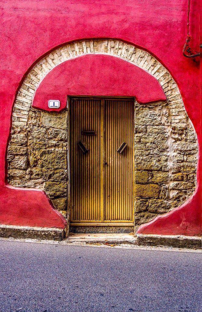 первом случае креативные входные двери фото после